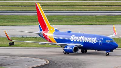 A picture of N927WN - Boeing 7377H4 - Southwest Airlines - © Rodrigo Ehnis Borja