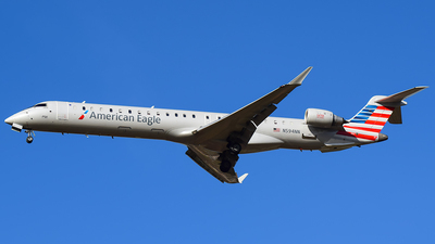 A picture of N594NN - Mitsubishi CRJ900LR - American Airlines - © Evan Dougherty
