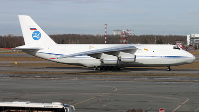 A picture of RA82013 - Antonov An124100 -  - © Malyshev Andrei