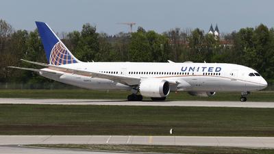 A picture of N26902 - Boeing 7878 Dreamliner - United Airlines - © Domi Einert