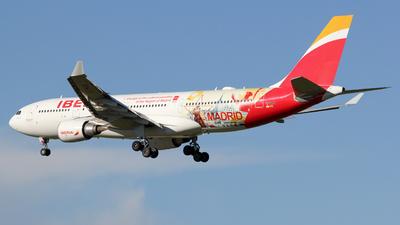 EC-MJA - Airbus A330-202 - Iberia