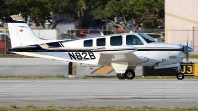 N82B - Beech A36 Bonanza - Private