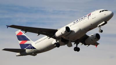 CC-COQ - Airbus A320-233 - LATAM Airlines
