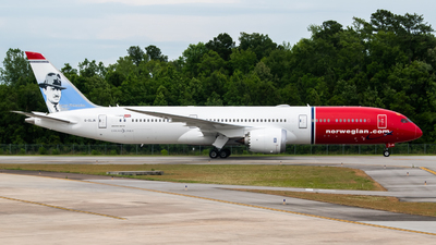 G-CLJN - Boeing 787-9 Dreamliner - Norwegian
