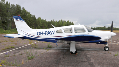 OH-PAW - Piper PA-28R-200 Cherokee Arrow II - Private