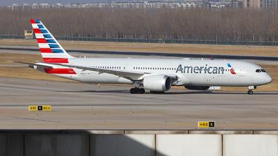 A picture of N831AA - Boeing 7879 Dreamliner - American Airlines - © Evan Zhang