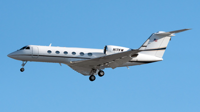 A picture of N17KW - Gulfstream IV - [1361] - © Degupukas