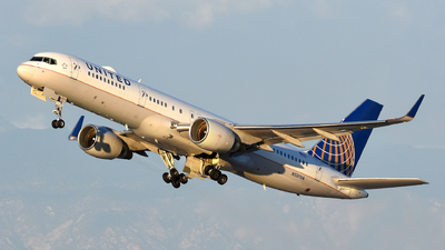 N597UA - Boeing 757-222 - United Airlines