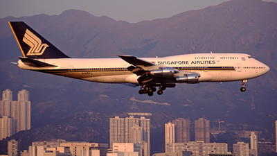 N125KL - Boeing 747-312 - Singapore Airlines