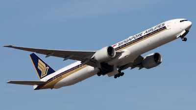A picture of 9VSWK - Boeing 777312(ER) - Singapore Airlines - © Michael Tang