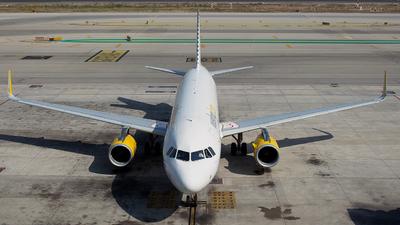 EC-MFL - Airbus A320-232 - Vueling