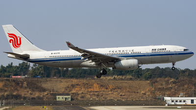 A picture of B6070 - Airbus A330243 - Air China - © Miaomiao