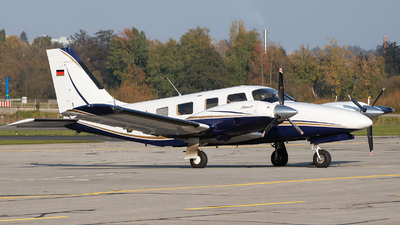 D-GEFI - Piper PA-34-220T Seneca V - Private