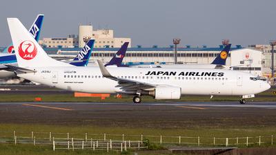 JA319J - Boeing 737-846 - Japan Airlines (JAL)