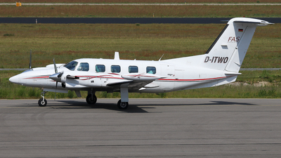 D-ITWO - Piper PA-42-720 Cheyenne IIIA - Finow Air Service