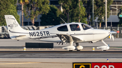 N625TR - Cirrus SR22-GTS - Private