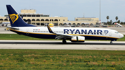 A picture of 9HQAE - Boeing 7378AS - Ryanair - © Matthew.S