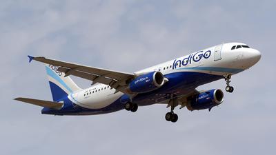 VT-IGV - Airbus A320-232 - IndiGo Airlines