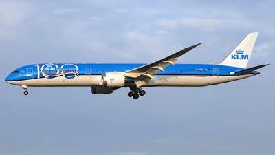 PH-BKA - Boeing 787-10 Dreamliner - KLM Royal Dutch Airlines