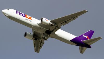 N154FE - Boeing 767-3S2F(ER) - FedEx