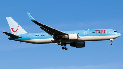 SE-RFR - Boeing 767-38A(ER) - TUIfly Nordic