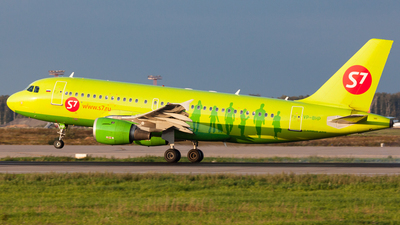 VP-BHP - Airbus A319-114 - S7 Airlines