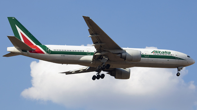 A picture of EIISD - Boeing 777243(ER) - [32860] - © gabriel_aqa
