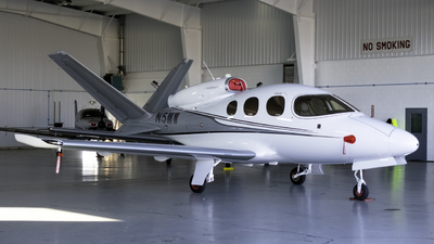 N5MW - Cirrus Vision SF50 - Private