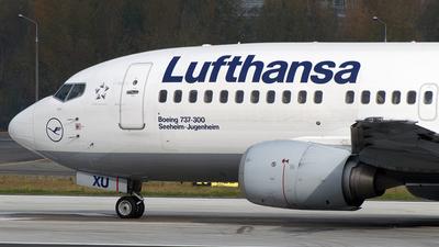 D-ABXU - Boeing 737-330 - Lufthansa