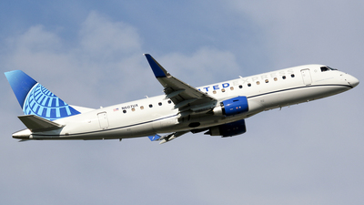 N607UX - Embraer 170-200LL - United Express (ExpressJet Airlines)