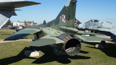 139 - Mikoyan-Gurevich MiG-23MF Flogger B - Poland - Air Force