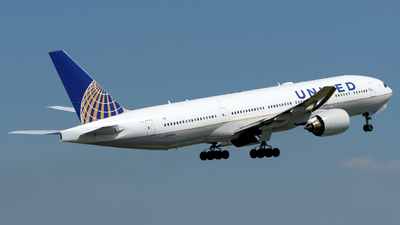 N209UA - Boeing 777-222 - United Airlines