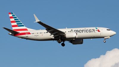 A picture of N303RG - Boeing 737 MAX 8 - American Airlines - © Ross Sugrue