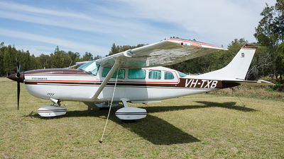 VH-TXB - Cessna 207A Stationair 8 - Private