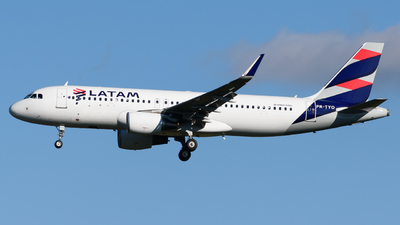 PR-TYO - Airbus A320-214 - LATAM Airlines