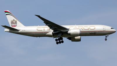 A picture of A6DDB - Boeing 777FFX - Etihad Airways - © O.Shotaro