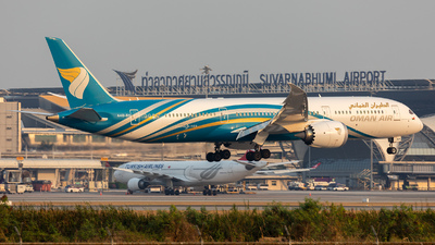 A picture of A4OSH - Boeing 7879 Dreamliner - Oman Air - © tsentsan
