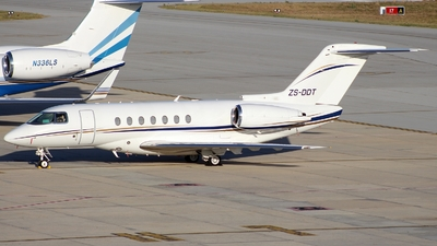 ZS-DDT - Raytheon Hawker 4000 Horizon - Private
