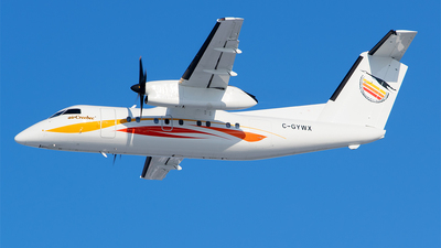 C-GYWX - Bombardier Dash 8-102 - Air Creebec