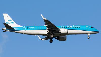 A picture of PHEZF - Embraer E190STD - KLM - © Teemu Pesonen