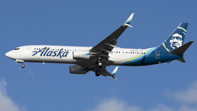 A picture of N272AK - Boeing 737990(ER) - Alaska Airlines - © Jose R. Ortiz
