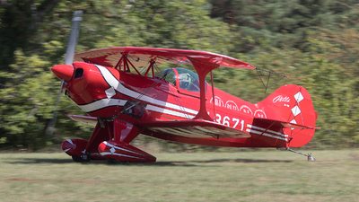N8671 - Pitts S-1S Special - Private