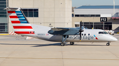 N805EX - Bombardier Dash 8-102 - American Eagle (Piedmont Airlines)