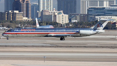 N482AA - McDonnell Douglas MD-82 - American Airlines