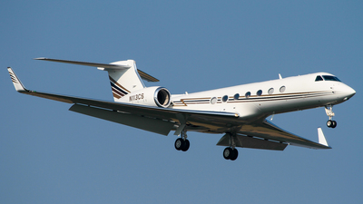 N113CS - Gulfstream G550 - Private