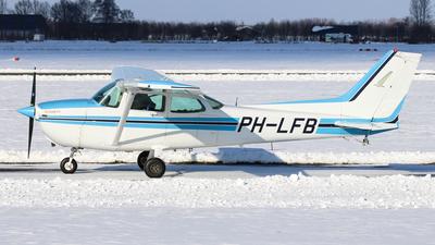 A picture of PHLFB - Cessna 172P Skyhawk - [17275363] - © BaszB
