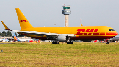 A picture of GDHLG - Boeing 7673JHF(ER) - DHL - © Jamie PD