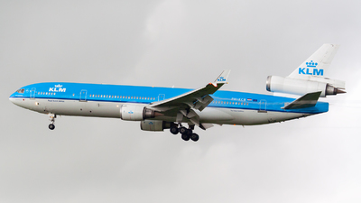 PH-KCB - McDonnell Douglas MD-11 - KLM Royal Dutch Airlines