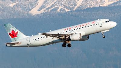 C-GKOE - Airbus A320-214 - Air Canada