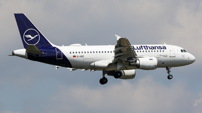 A picture of DAIBC - Airbus A319112 - Lufthansa - © Marvin Knitl